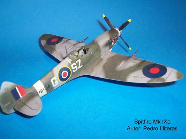 Spitfire Hasegawa 08