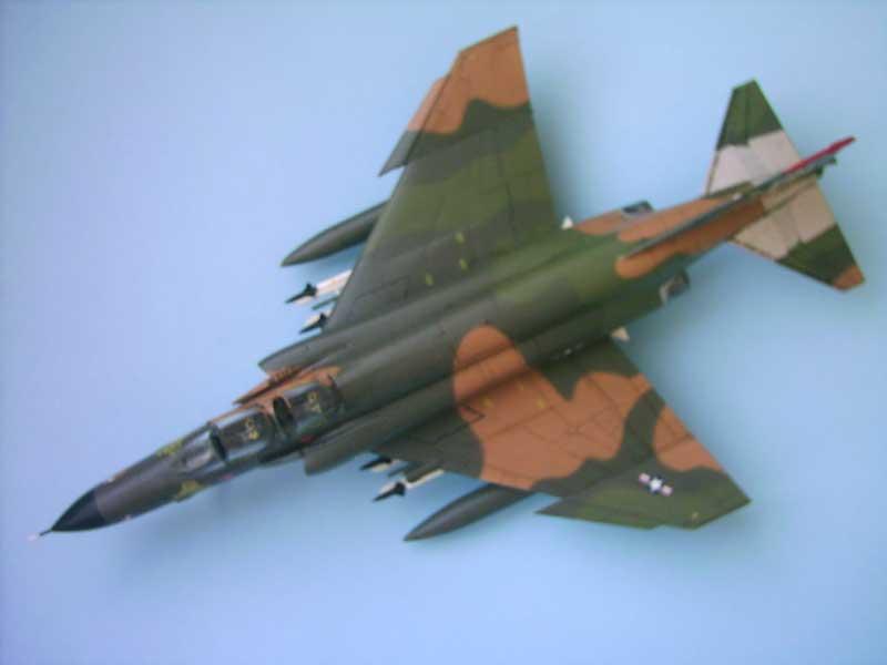 Maqueta F-4E Phantom II Esci 2