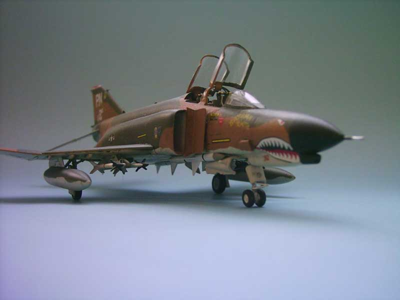 Maqueta F-4E Phantom II Esci 3