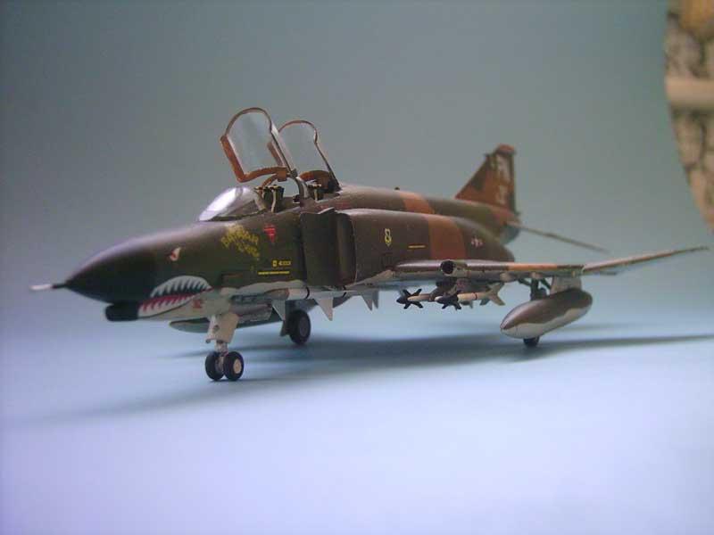 Maqueta F-4E Phantom II Esci 4