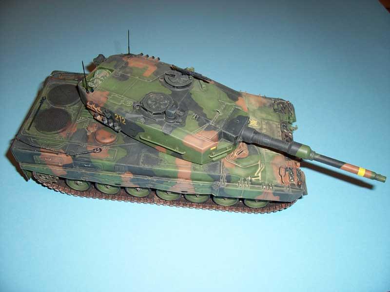 italeri leopard 2 02