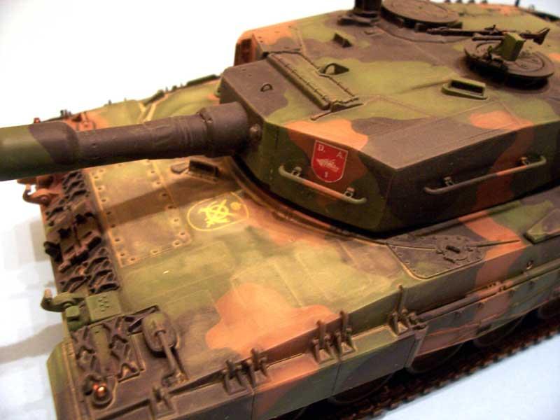 italeri leopard 2 07