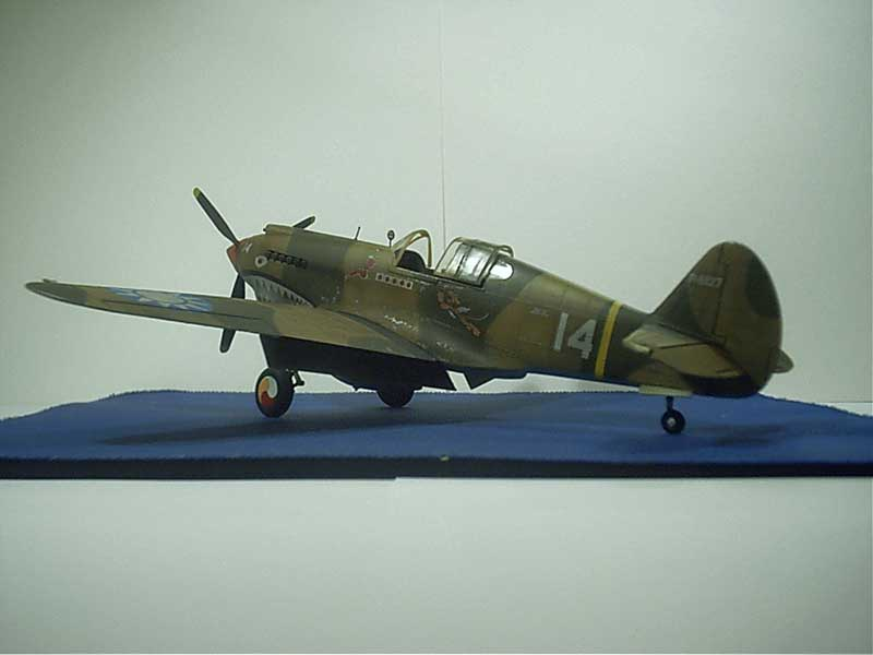 revell curtiss p40 01