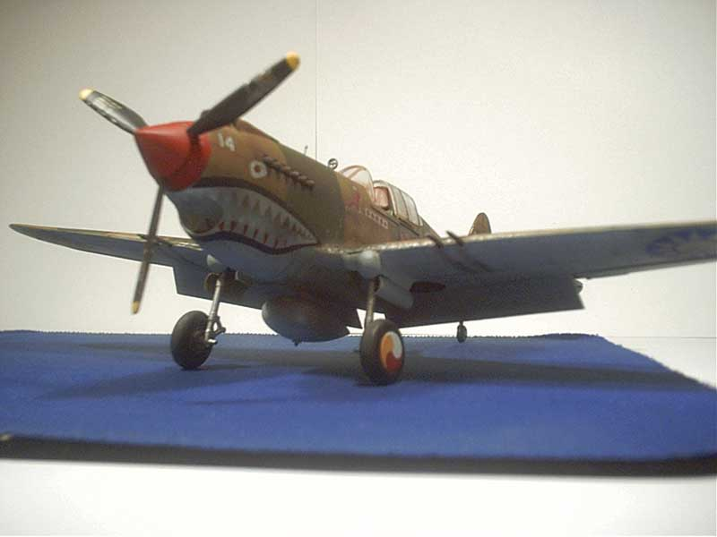 revell curtiss p40 04