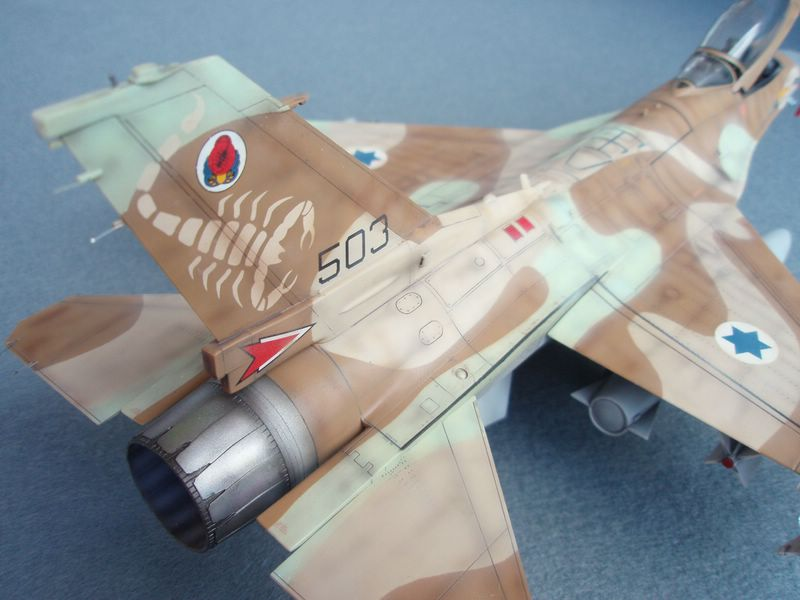 Hasegawa F-16 Falcon Agressor 03