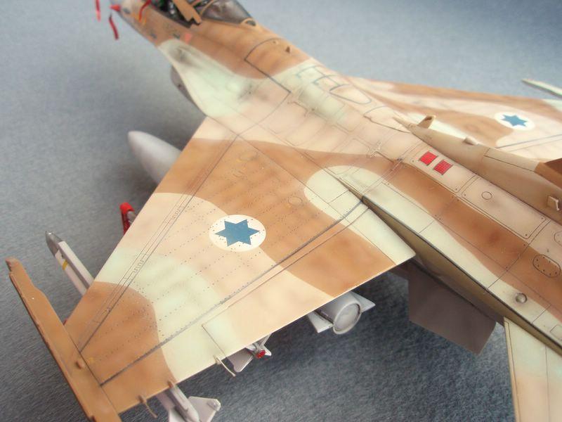 Hasegawa F-16 Falcon Agressor 06