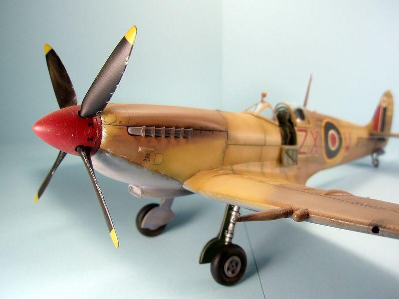 Maqueta Spitfire Hasegawa 5