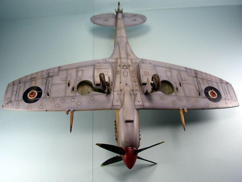 Maqueta Spitfire Hasegawa 7