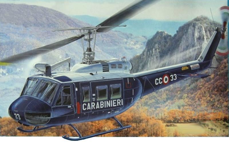 Maqueta de helicóptero de Italeri a escala 1/48