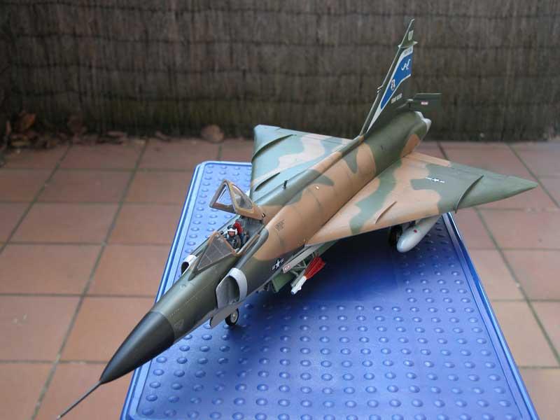 Maqueta F-102 Delta Dagger 02