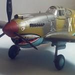 Maqueta P-40 Trumpeter 01