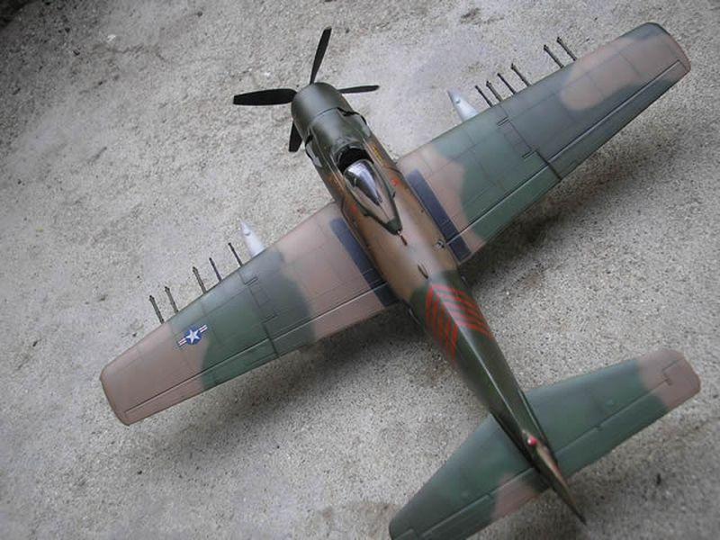 Maqueta A-1H Skyraider de Revell 08