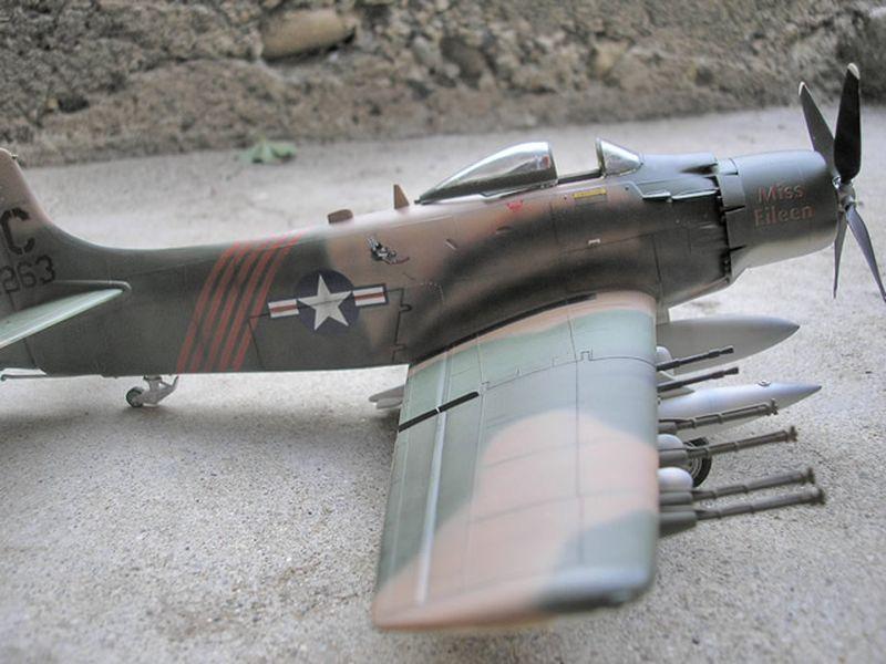 Maqueta A-1H Skyraider de Revell 09