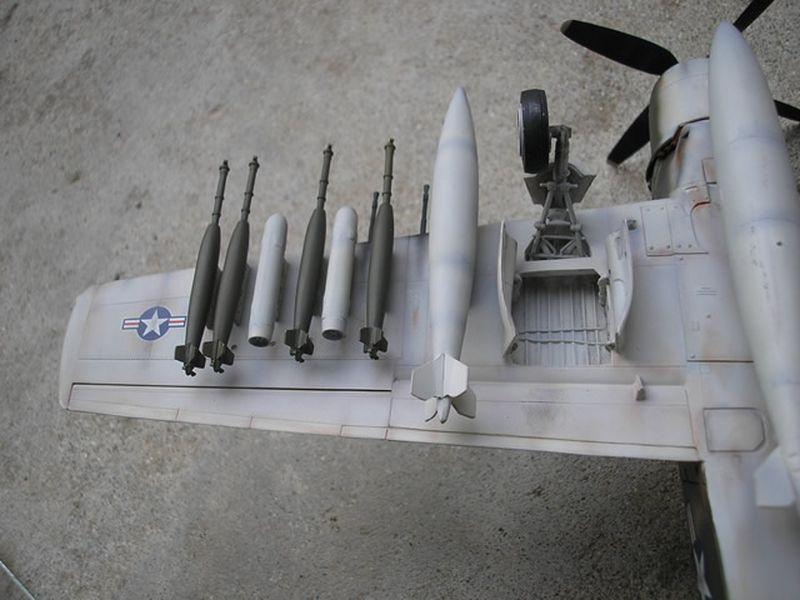 Maqueta A-1H Skyraider de Revell 12