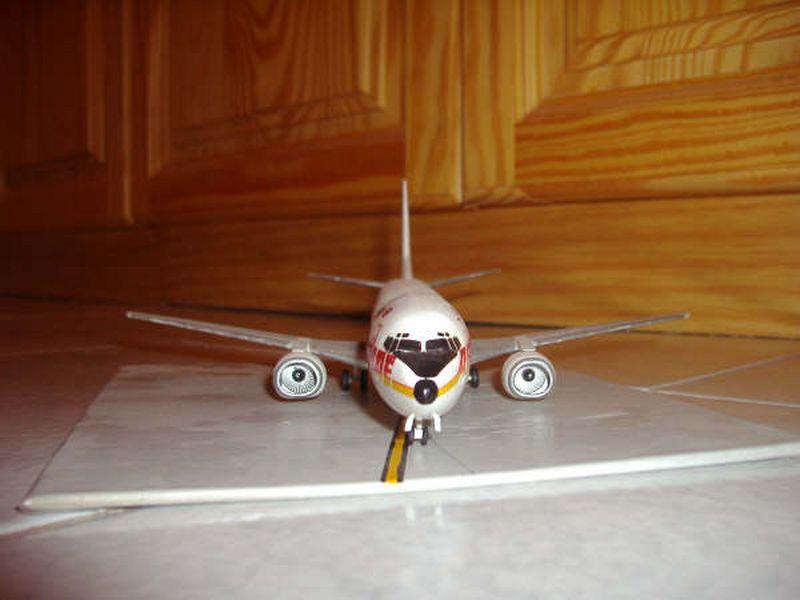 Maqueta Boeing 737 Air Europe 04