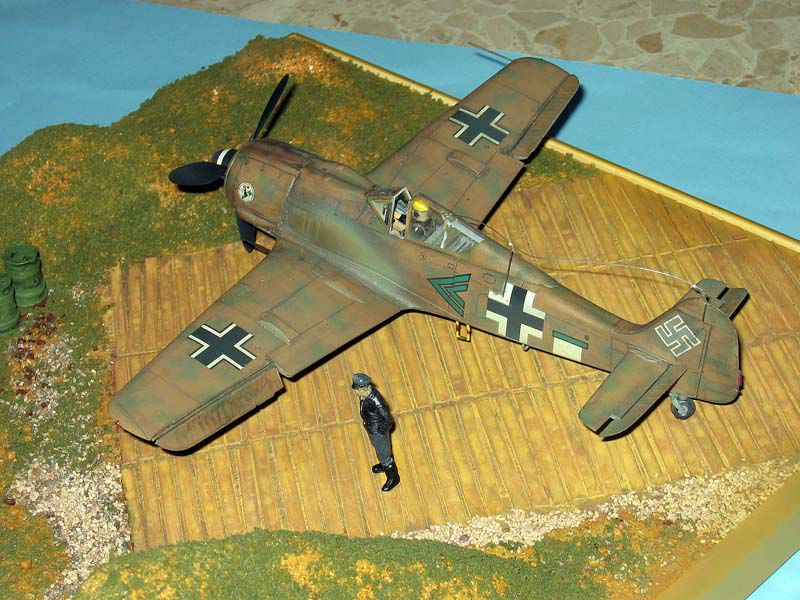 Maqueta Fw-190 Trop 04