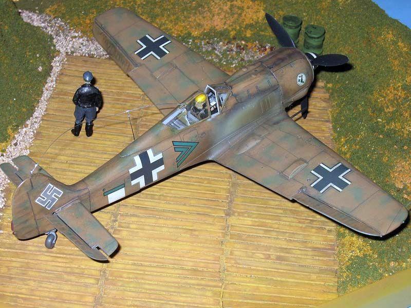 Maqueta Fw-190 Trop 08
