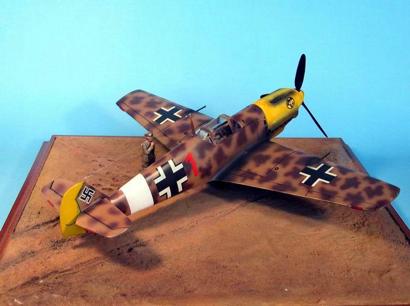 Maqueta Hasegawa Bf-109 Trop 02