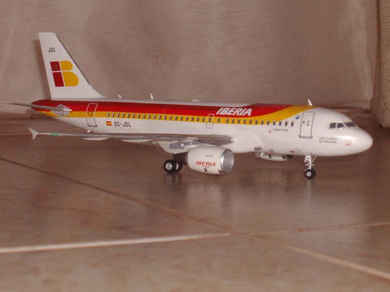 Maqueta Airbus A-319 06