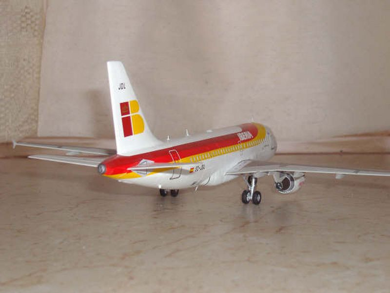 Maqueta Airbus A-319 07