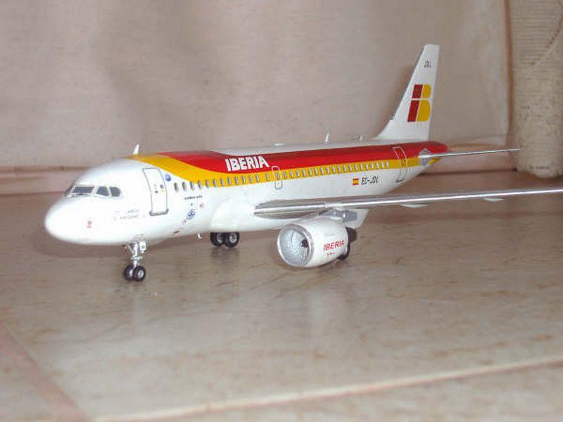 Maqueta Airbus A-319 09