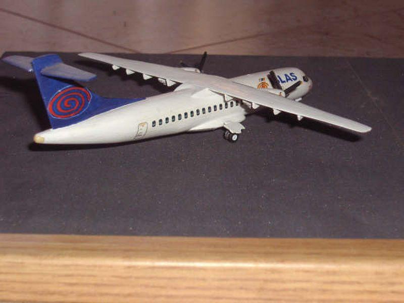 Maqueta ATR-72 06
