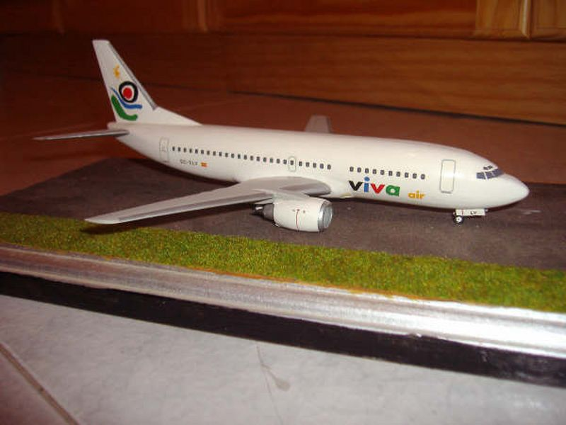 Maqueta Boeing 737-300 03