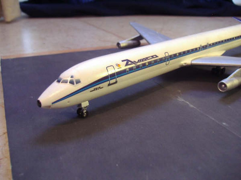 Maqueta Douglas DC-8 04