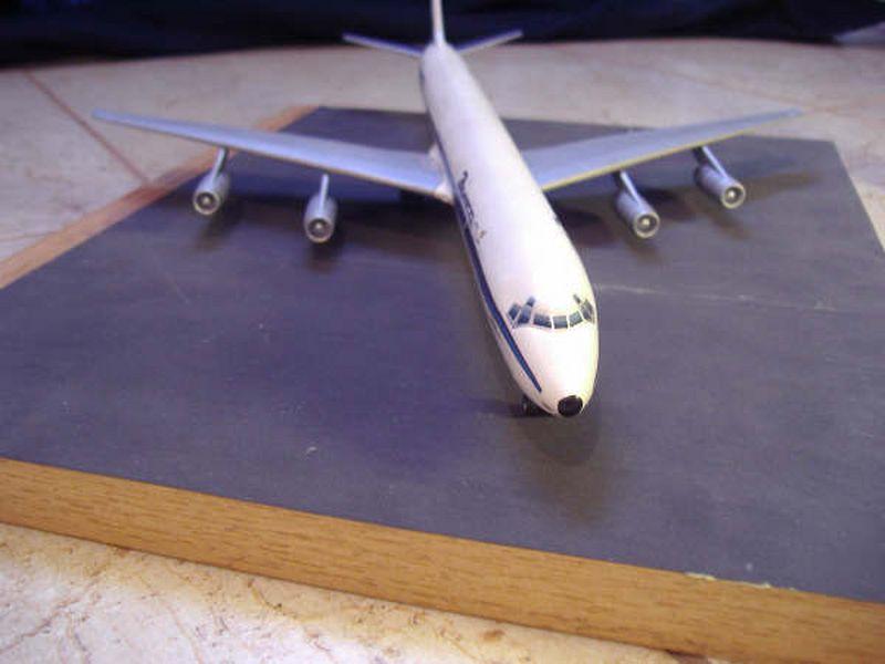 Maqueta Douglas DC-8 06