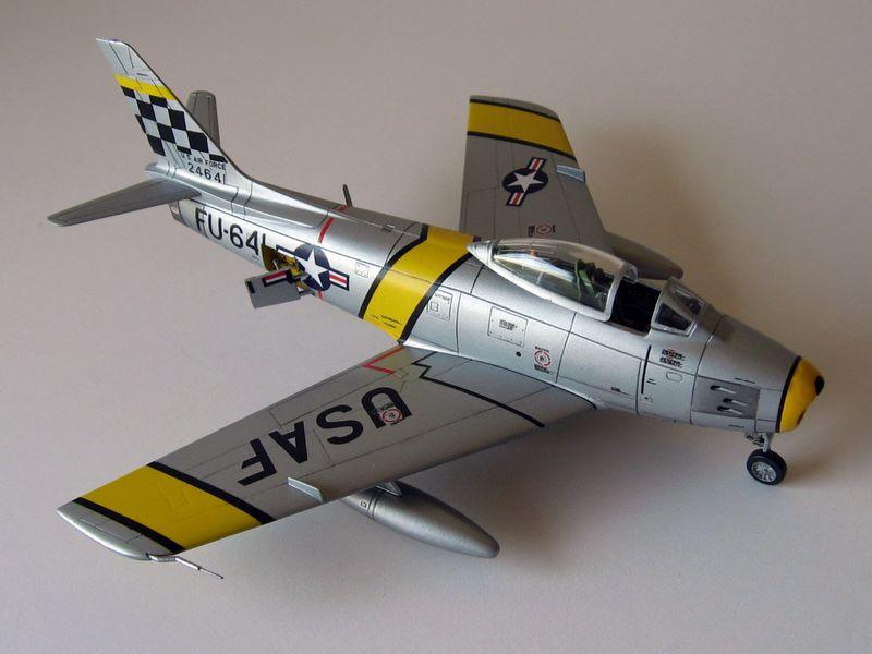 Maqueta F-86 Sabre 09